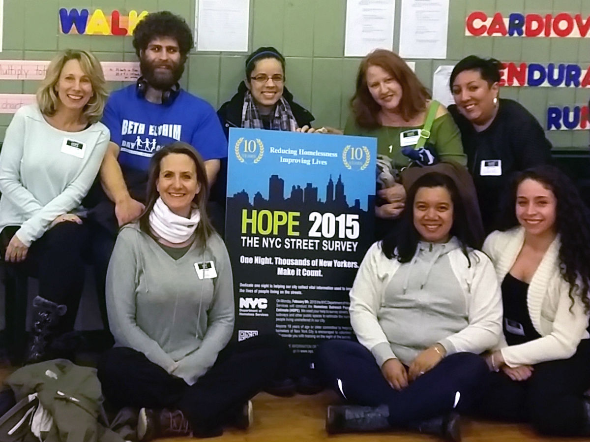 "Students, faculty, staff and alumni in Penn Station before going out for the ""HOPE"" survey."